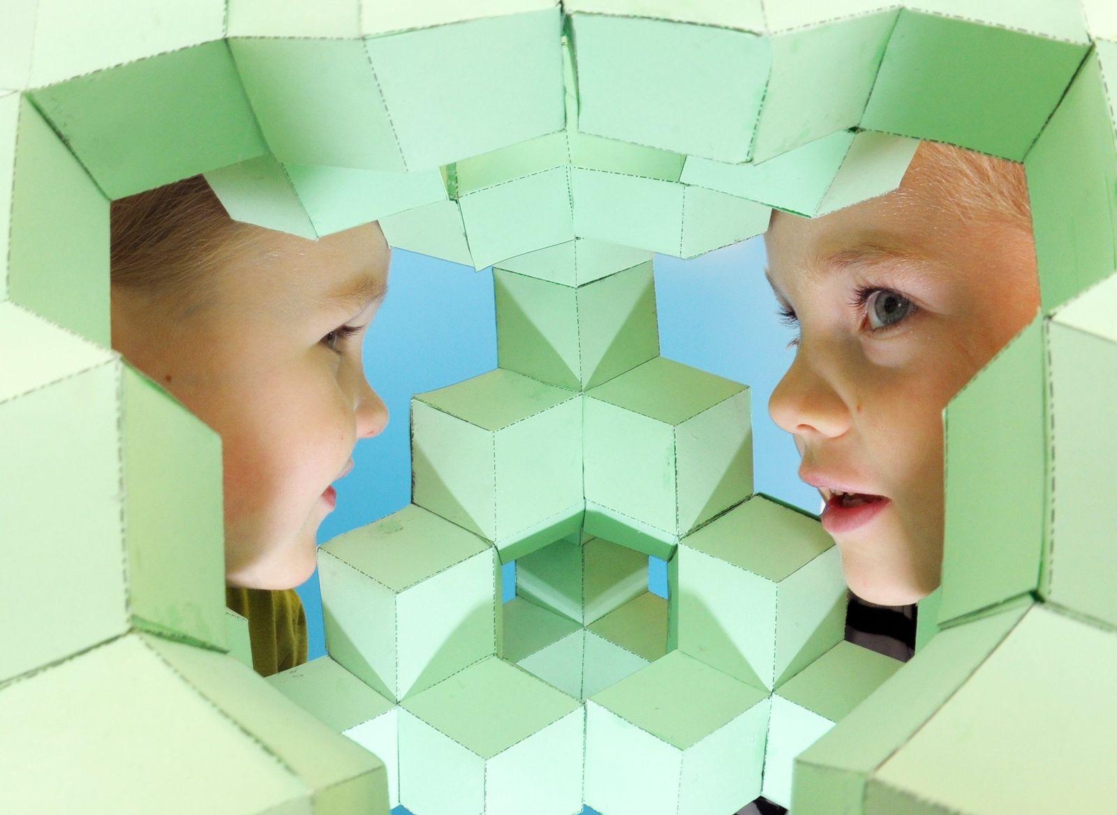 Dresden Kinder Tetraeder Mathematik