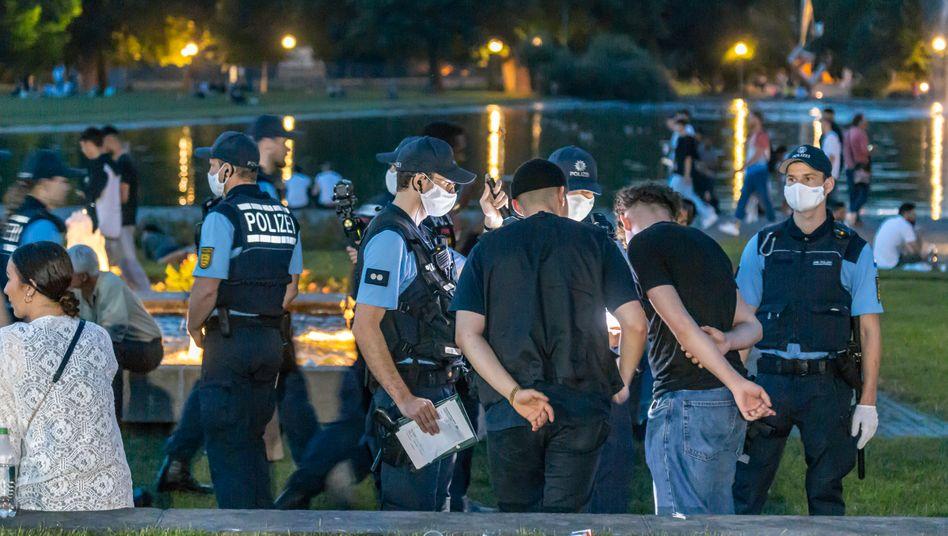 Polizeieinsatz Ende Juni im Zentrum von Stuttgart: Nächtliche Ausschreitungen