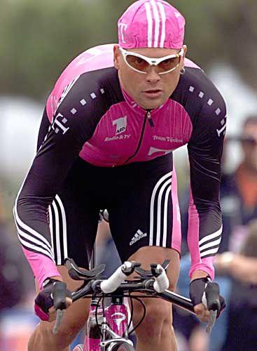 Jan Ullrich hat bei seinem ersten Giro einen schweren Stand