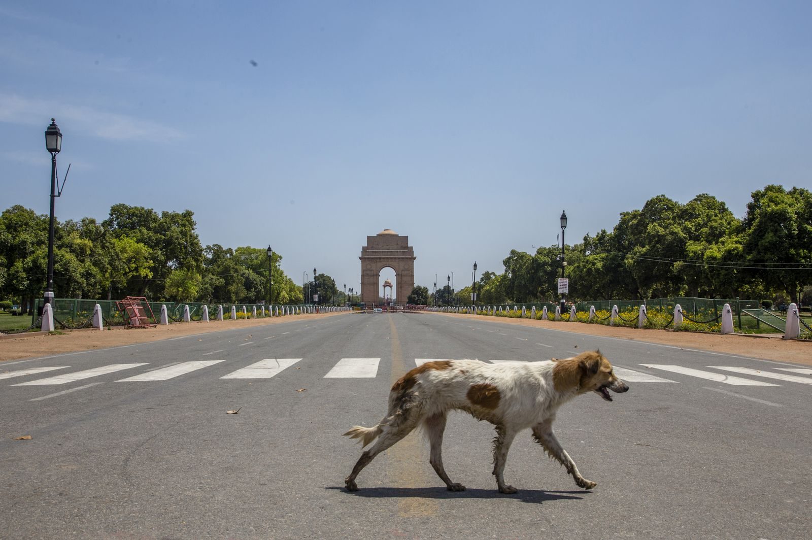 *** BESTPIX *** India Imposes Nationwide Lockdown As The Coronavirus Continue To Spread