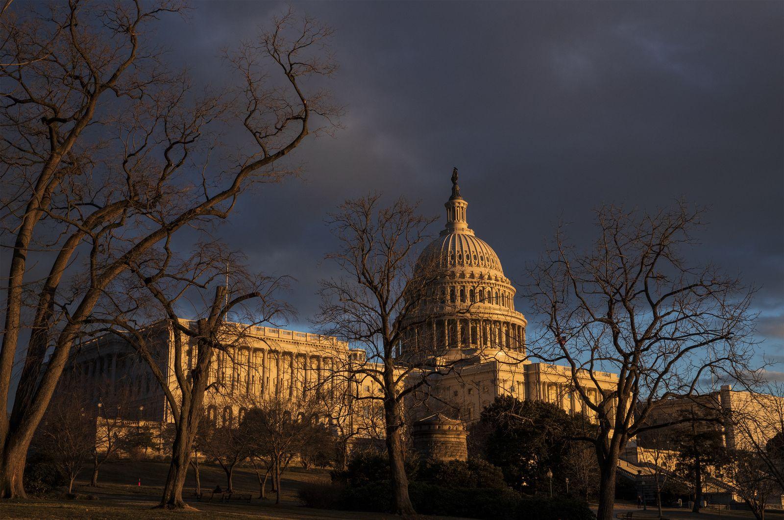 Government Shutdown/ Capitol/ Senat/ USA
