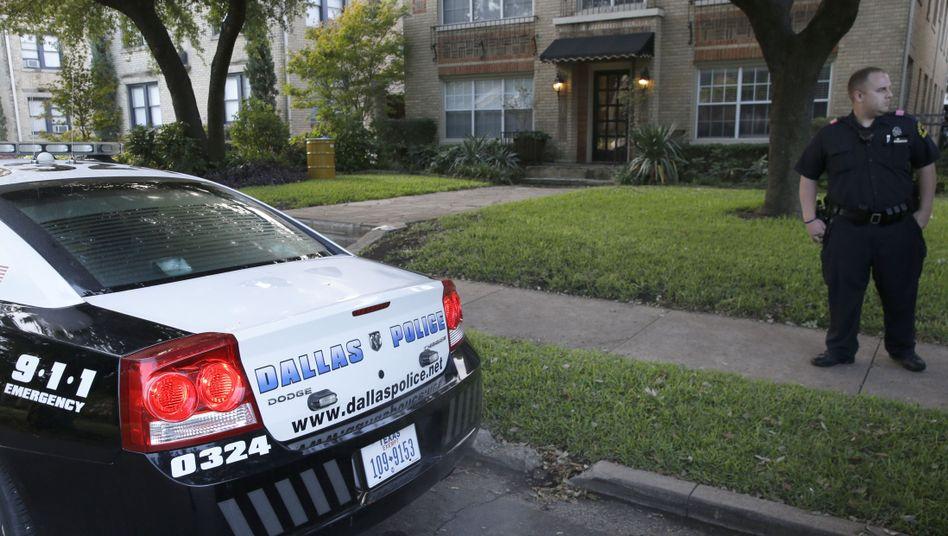 """Polizei in Dallas: """"Er war in der Tür, er hatte einen Schraubenzieher"""""""