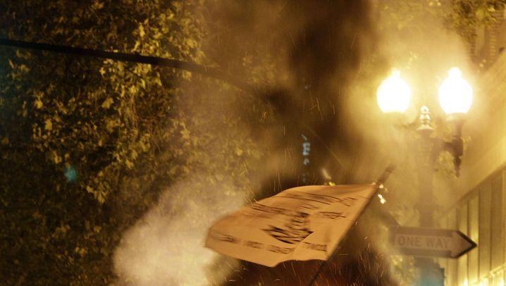 """""""Occupy""""-Demo in Oakland: Hafen besetzt - Party gefeiert"""
