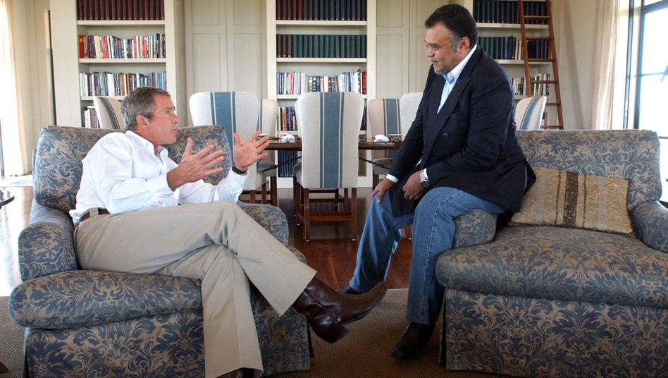 Prince Bandar bin Sultan (right) during a meeting with then-U.S. President George W. Bush in 2002