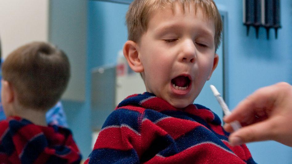 """Schweinegrippe-Impfung in den USA (am 6. Oktober 2009 in Nebraska): """"Schwerer Krankheitsverlauf und Todesfälle bei relativ gesunden Heranwachsenden"""""""