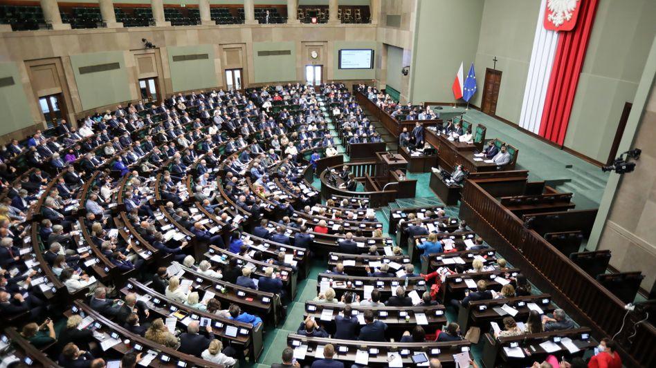 Debatte über das neue Mediengesetz im polnischen Parlament