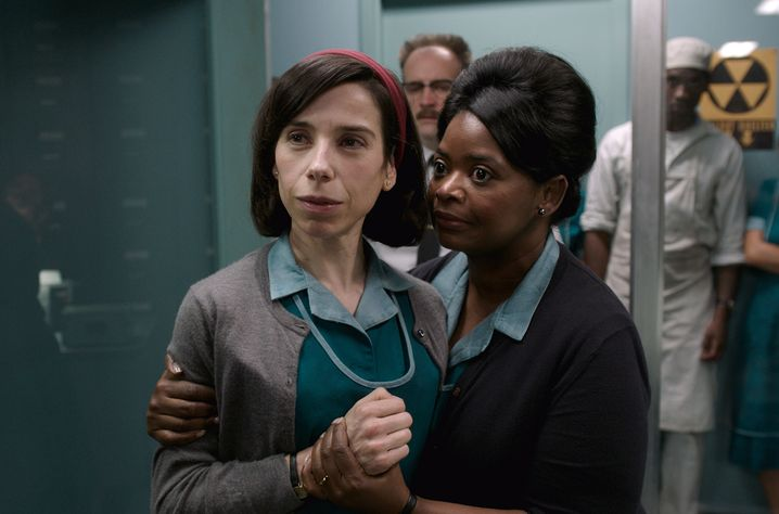 """Sally Hawkins und Octavia Spencer in """"The Shape of Water"""""""