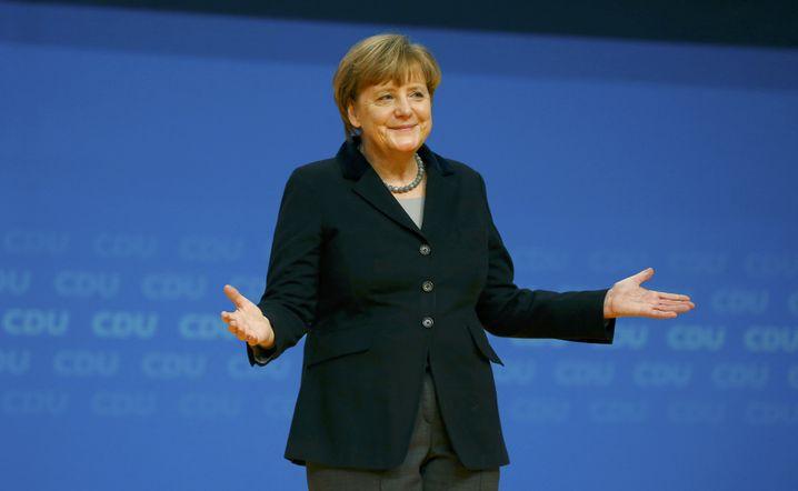 """Merkel in Karlsruhe: """"Danke, danke, wir haben noch zu arbeiten"""""""