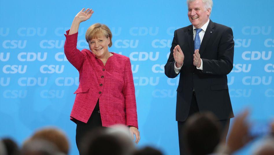 Unionsspitzen Merkel und Seehofer: Mindestspeicherfristen statt Vorratsdatenspeicherung
