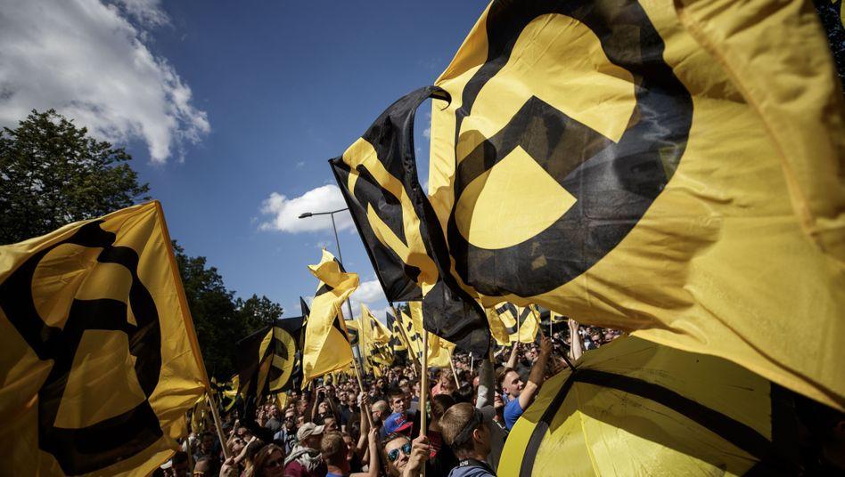 """Demonstration der """"Identitären Bewegung"""" (Archivfoto von 2017): Bald nicht mehr auf der Unvereinbarkeitsliste der AfD?"""