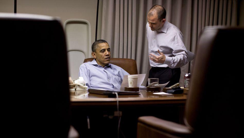 U.S. President Barack Obama with Ben Rhodes aboard Air Force One