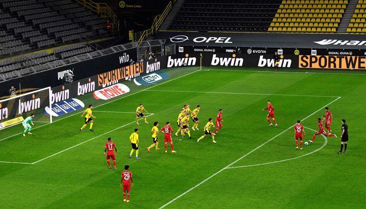 David Alaba erzielt das 1:1 für die Bayern