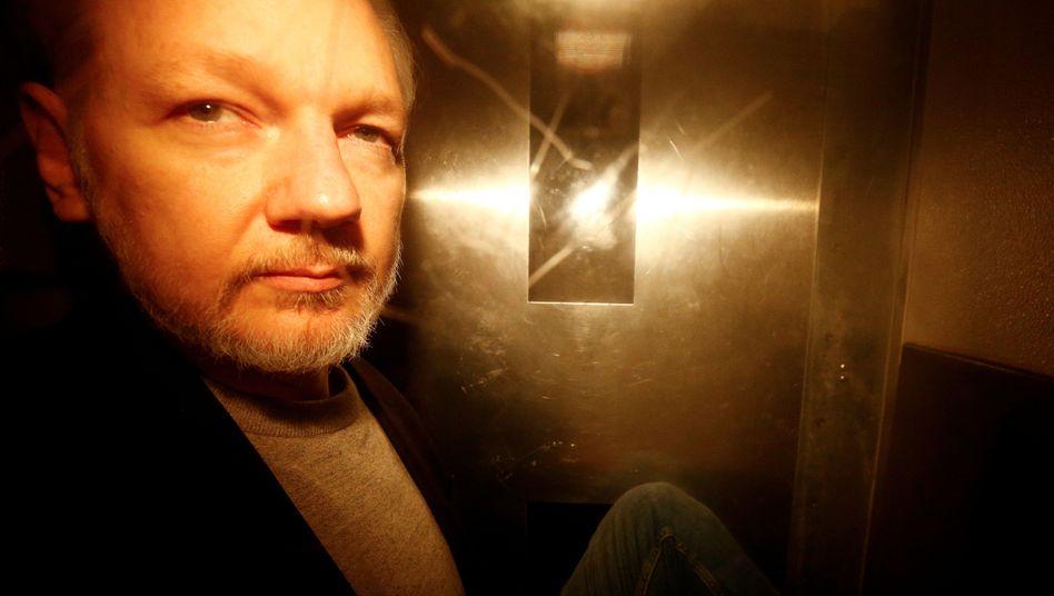 Julian Assange bei einem Gerichtstermin am 1. Mai 2019