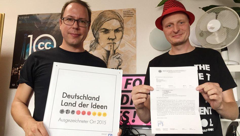 Netzpolitik.org-Gründer Beckedahl und Meister (r.): Das Blog hat viele Freunde