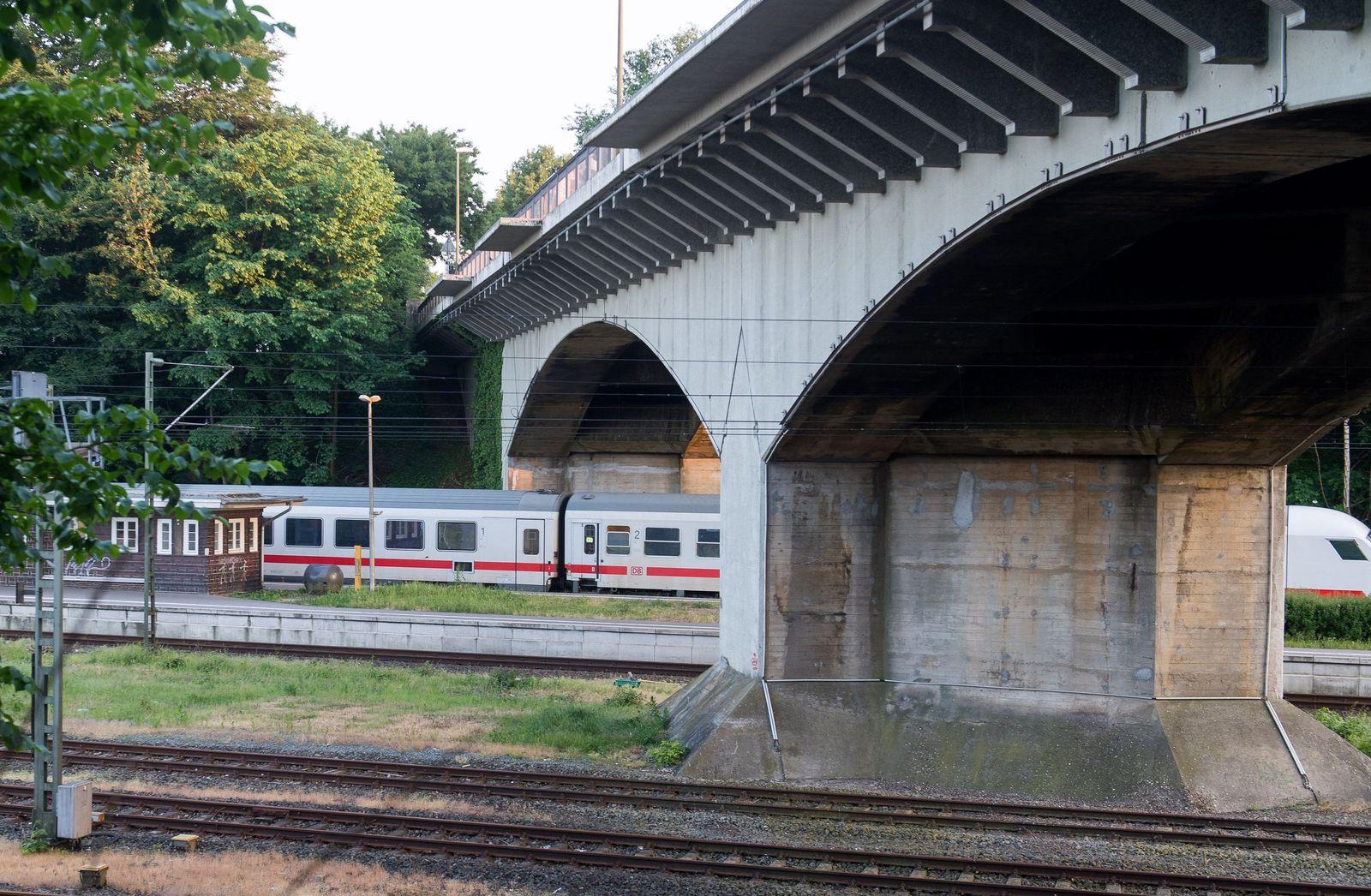 Messerangriff in Zug in Flensburg