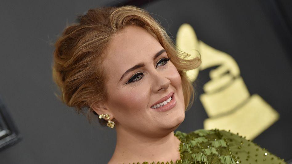 Sängerin Adele bei einer Preisverleihung in Los Angeles (Archivbild)