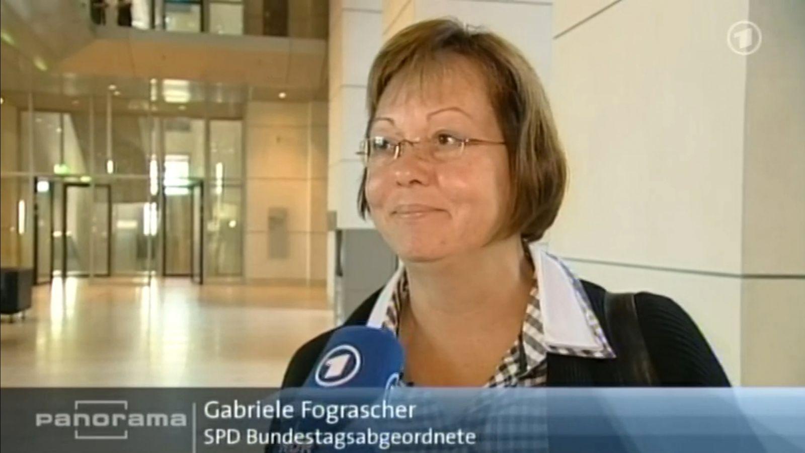 EINMALIGE VERWENDUNG NUR ALS ZITAT Panorama-Beitrag / Euro-Abstimmung 29.09.2011