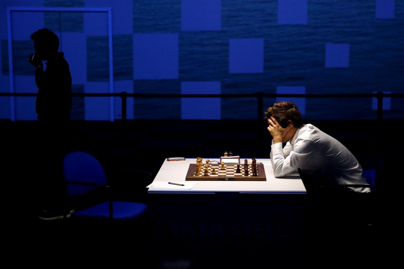 *** BESTPIX *** Tata Steel Chess Tournament 2021