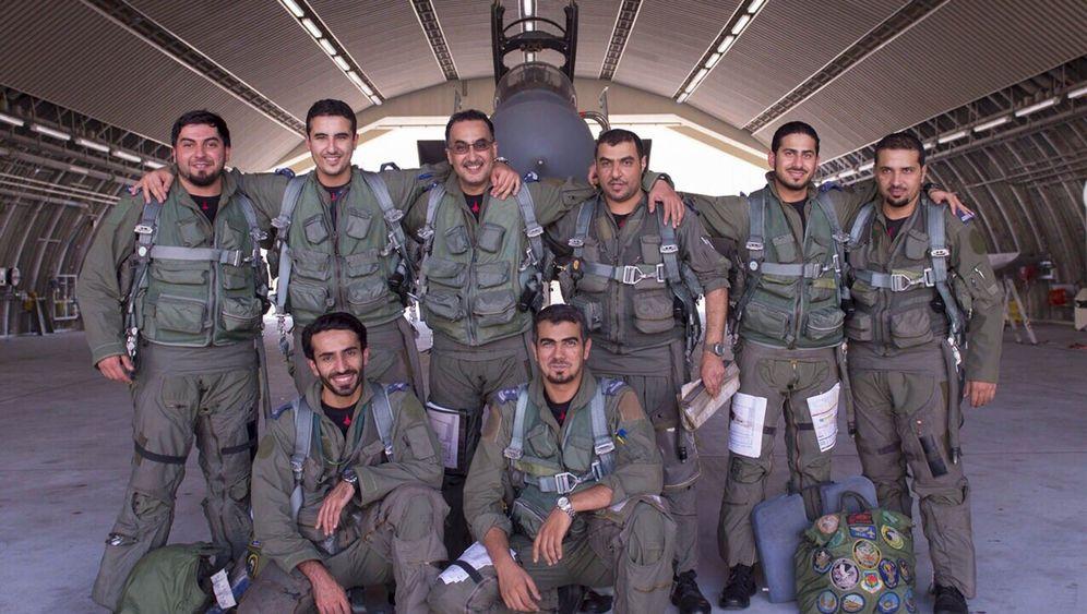 """PR-Kampagne zum Krieg gegen IS: """"Top Gun"""" auf Arabisch"""