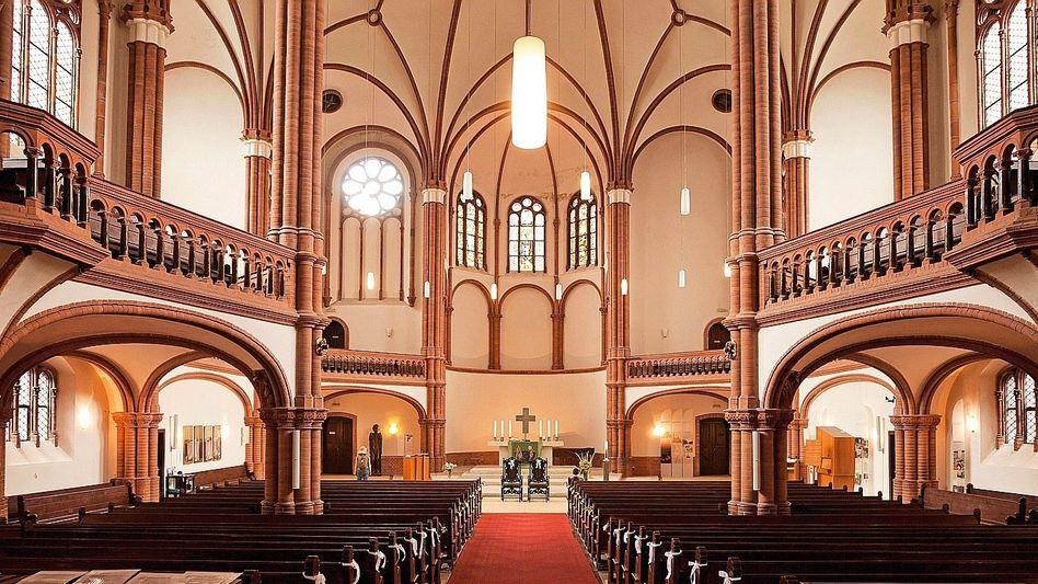 Evangelische Kirche in Berlin: Nachforschungen im Taufregister