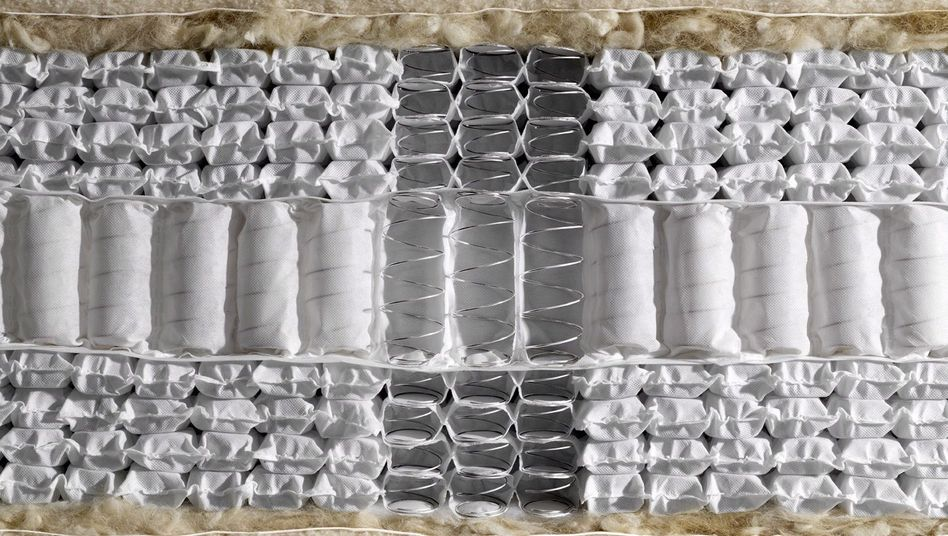 """Inneres einer Taschenfederkernmatratze: """"Menschen merken, wenn sie auf einer durchgelegten Matratze liegen"""""""