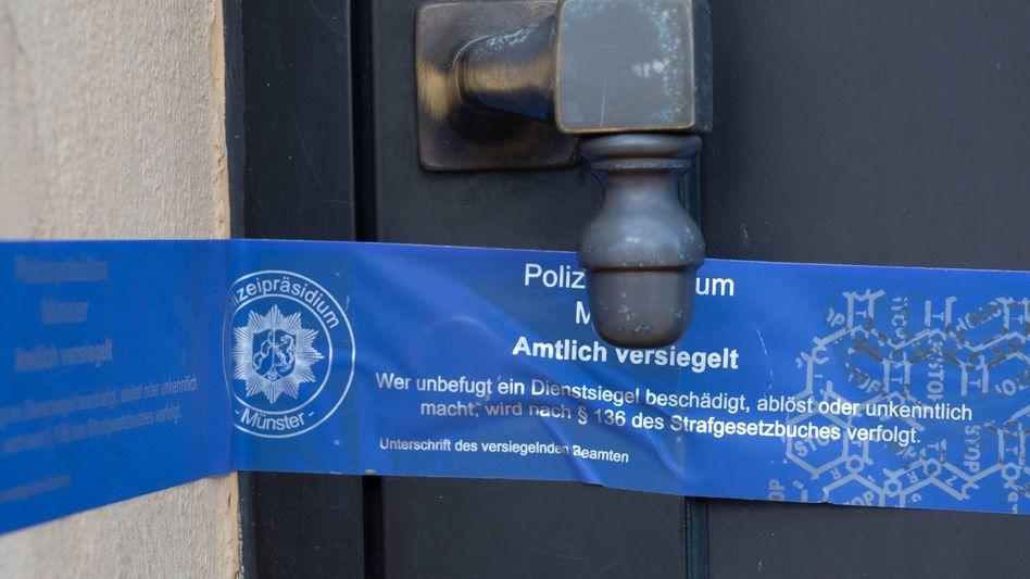 Versiegelte Haustür in Schorfheide: Tatverdächtige in mehreren Bundesländern festgenommen