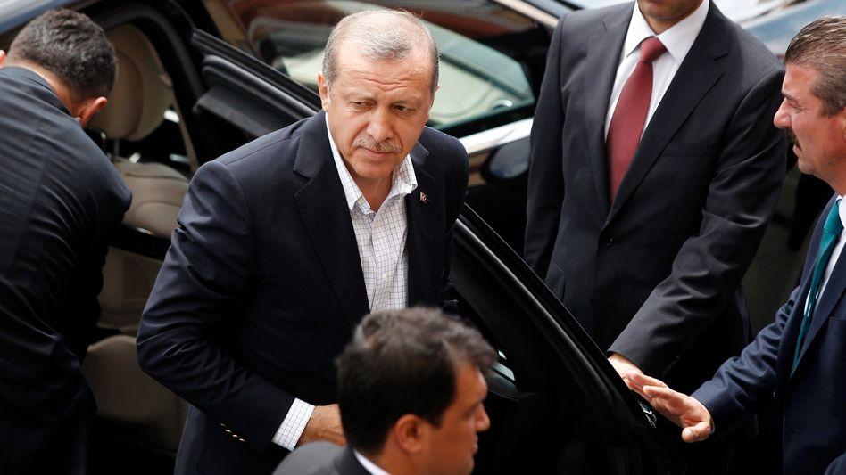 Türkischer Präsident Erdogan: Herbe Verluste für AKP bei Parlamentswahl