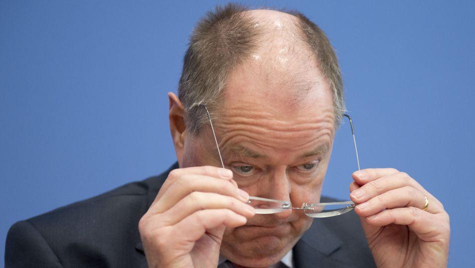 Steinbrück: Sein Ansehen in der Bevölkerung sinkt immer mehr
