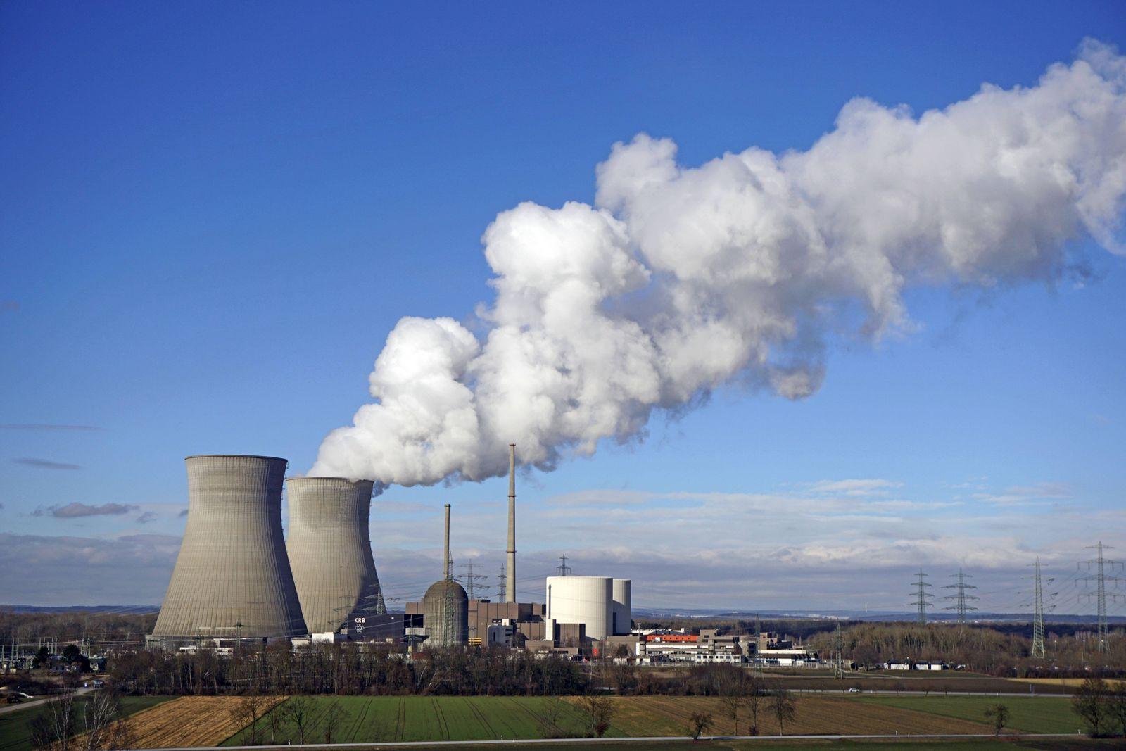 31.01.2019, Gundremmingen Kernkraftwerk, an der Donau im Landkreis Günzburg, betrieben von der RWE. 31.01.2019, Gundrem