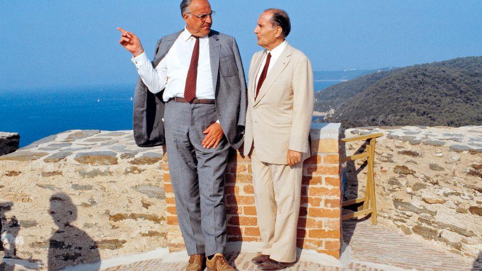 Politiker Mitterrand, Kohl 1985: Undurchsichtige Gemengelage