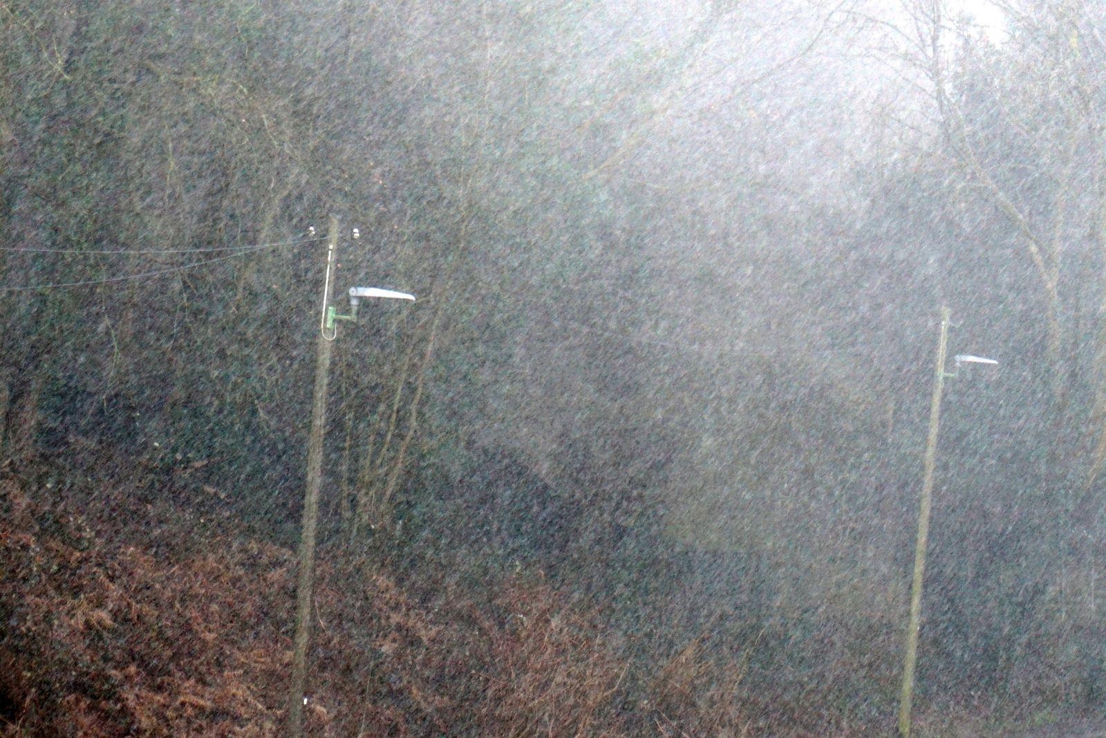 Sturmtief über Deutschland Heftige Starkregenfälle teils mit eingelagerten Gewittern während einer zyklonalen Westlage i
