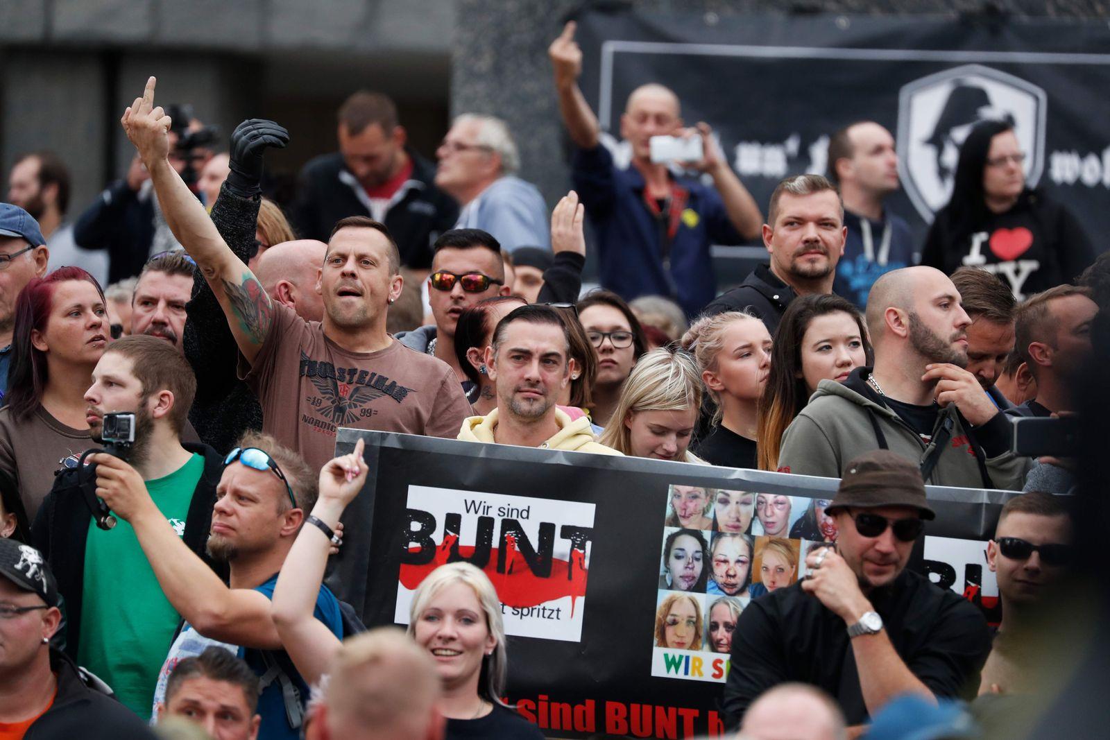 Chemnitz/ Aus Demütigung entsteht Wut Demo/ Rechts