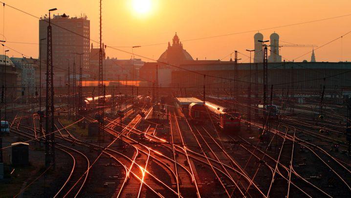 Ticketkauf: 10 Tipps, wie Sie beim Bahnfahren sparen