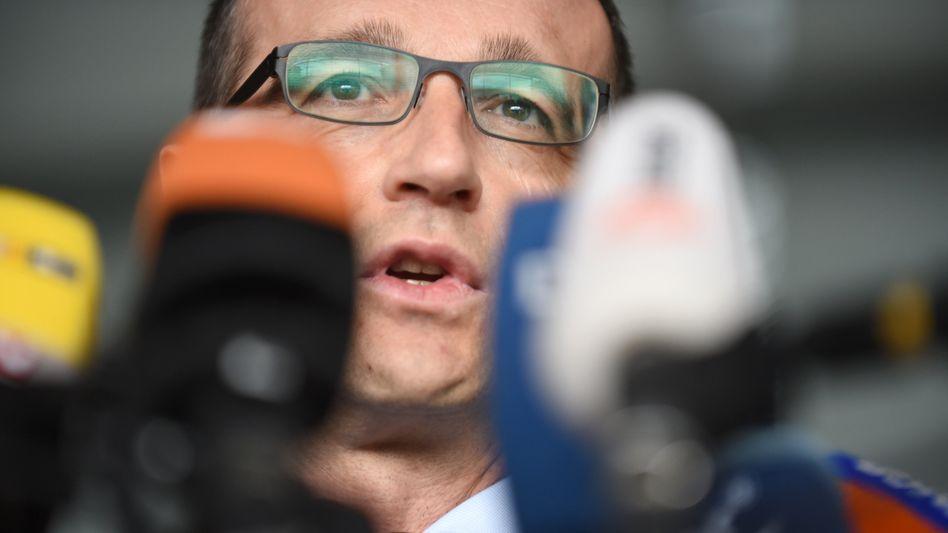 Bundesjustizminister Maas: Bis zu einem Jahr Haft für bloßstellende Bilder