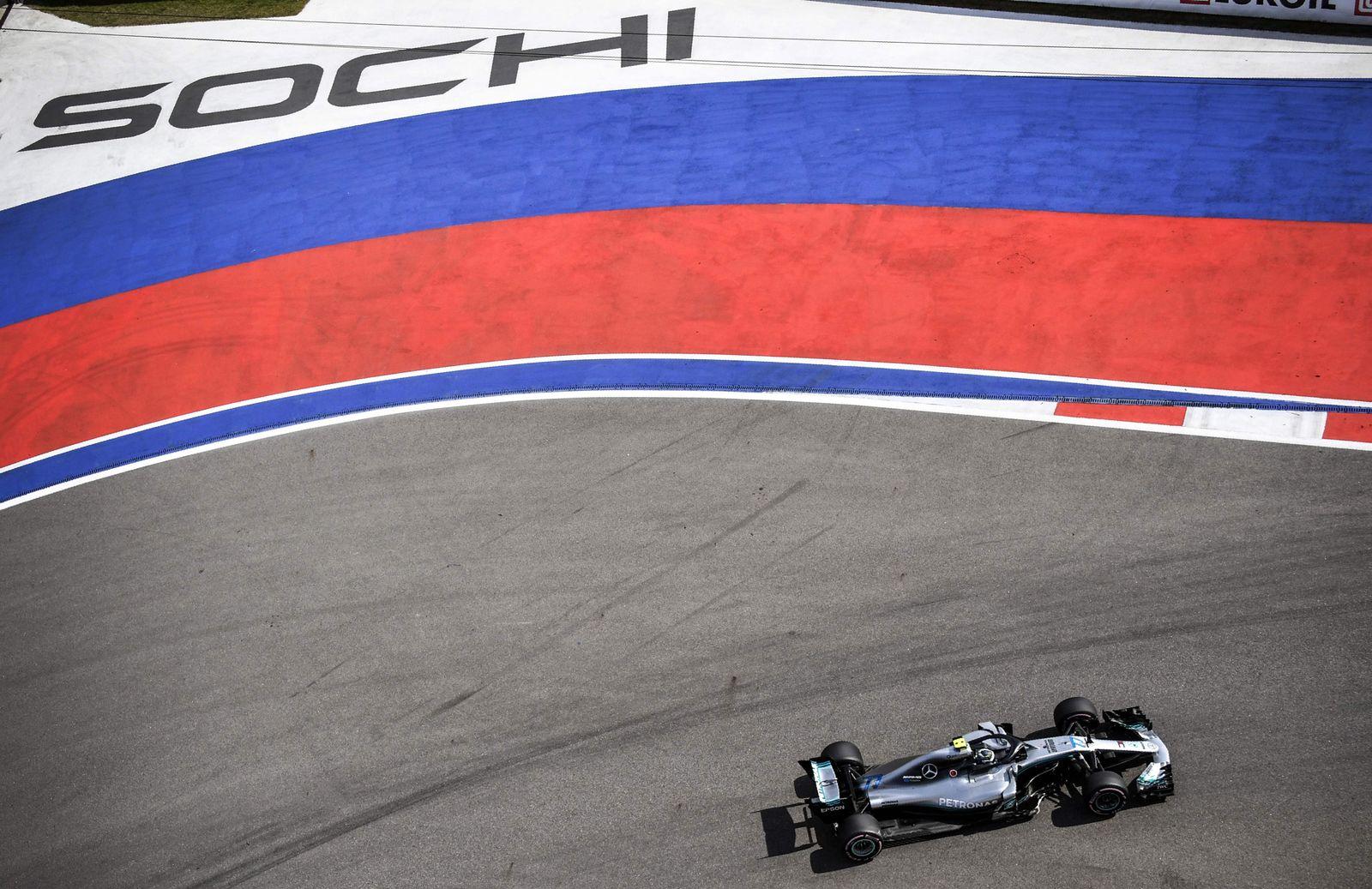 TOPSHOT-AUTO-F1-PRIX-RUS-PRACTICE