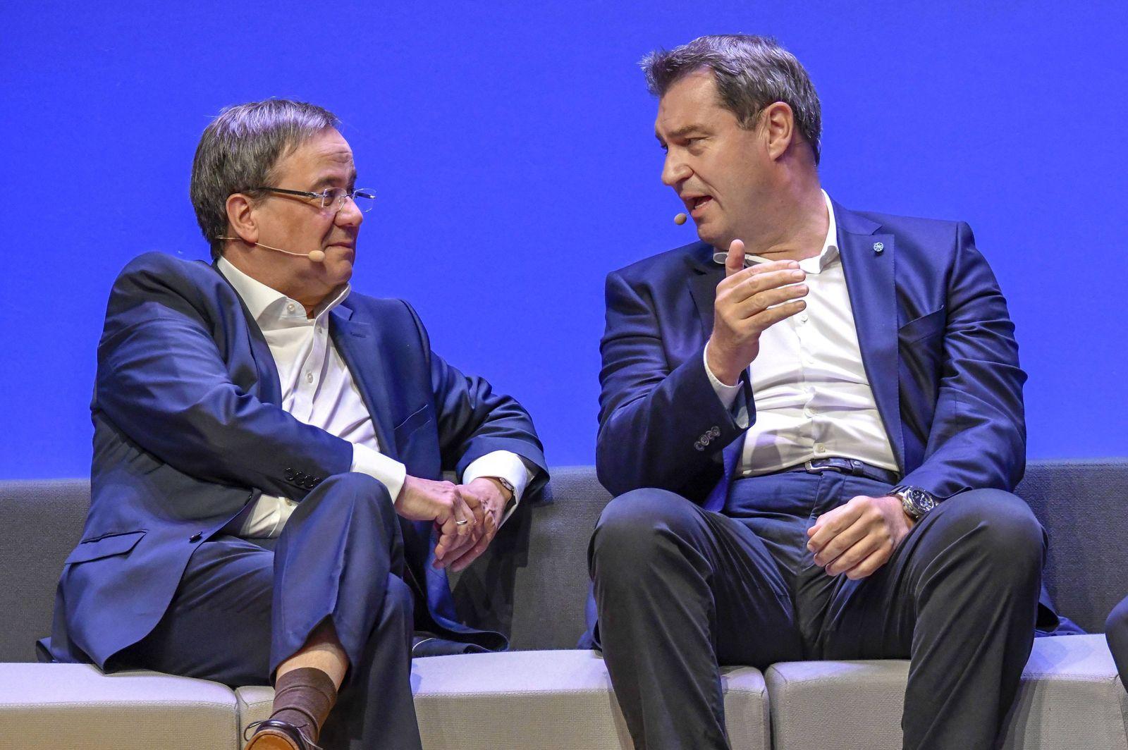 Armin Laschet und Markus Söder beim Wahlkampfauftakt der CDU und CSU zur Europawahl 2019 in der Halle Münsterland. Müns
