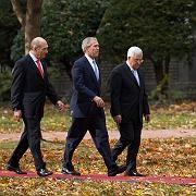 Israels Regierungschef Olmert, Präsidenten Bush und Abbas: Überraschende Grundsatzerklärung zum Frieden