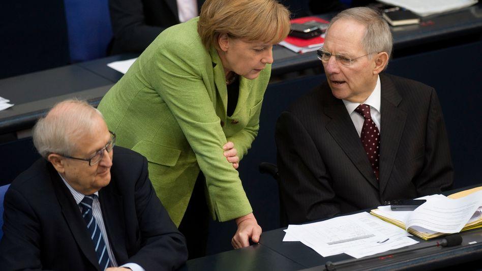 Chancellor Angela Merkel and Finance Minister Wolfgang Schäuble