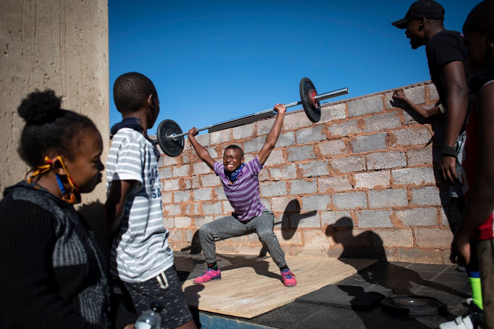 South Africa weight lifting uplifts community