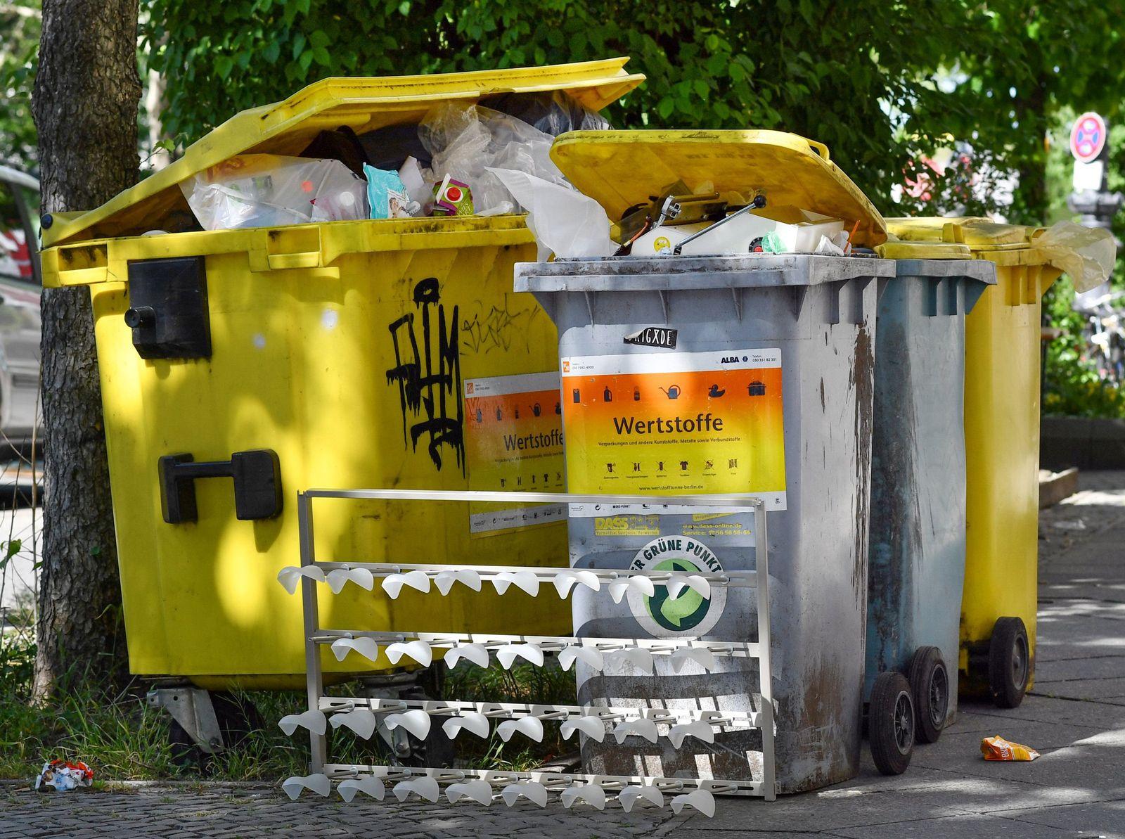 Mülltonnen Grüner Punkt