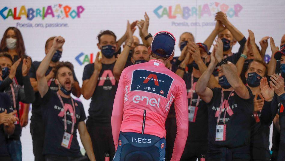 """Giro-Sieger Tao Geoghegan Hart: """"Nicht in meinen wildesten Träumen hätte ich mir das vorstellen können"""""""