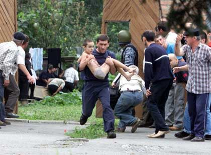 """Geiselnahme in Beslan: Putin warnt vor """"politischer Show"""""""