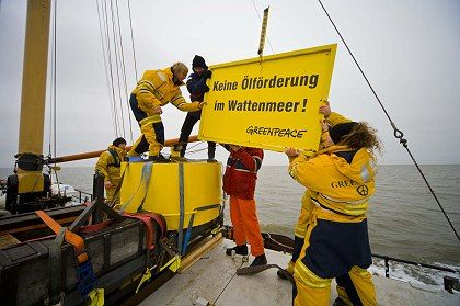 """""""Stop the oil exploration in the Wattenmeer"""": Greenpeace and other environmental activists say oil companies have no businesss drilling in national parks."""