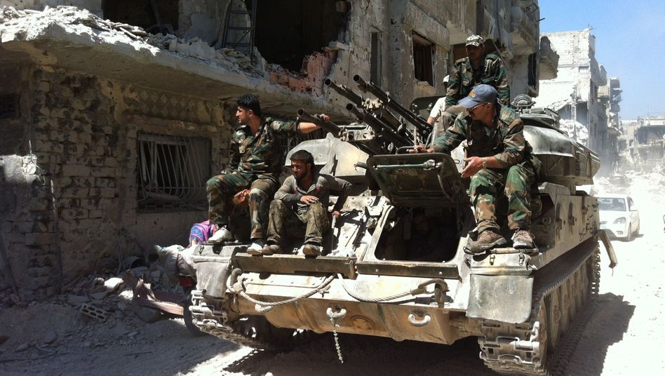 Assad-treue Soldaten in Homs: Kaum Kapazitäten für einen Gegenschlag