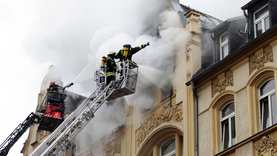 Feuerwehrmänner (Symbolbild)