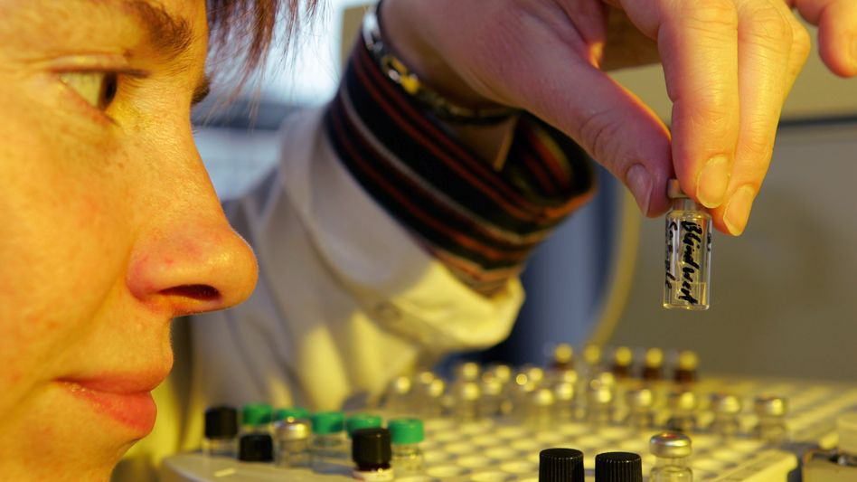 Untersuchung einer Futtermittelprobe in Münster: Dioxin-Skandal weitet sich aus