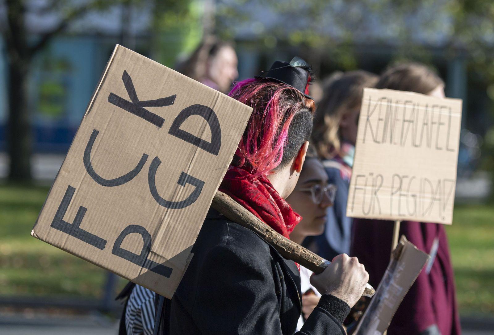 Protest gegen Pegida formiert sich in Dresden