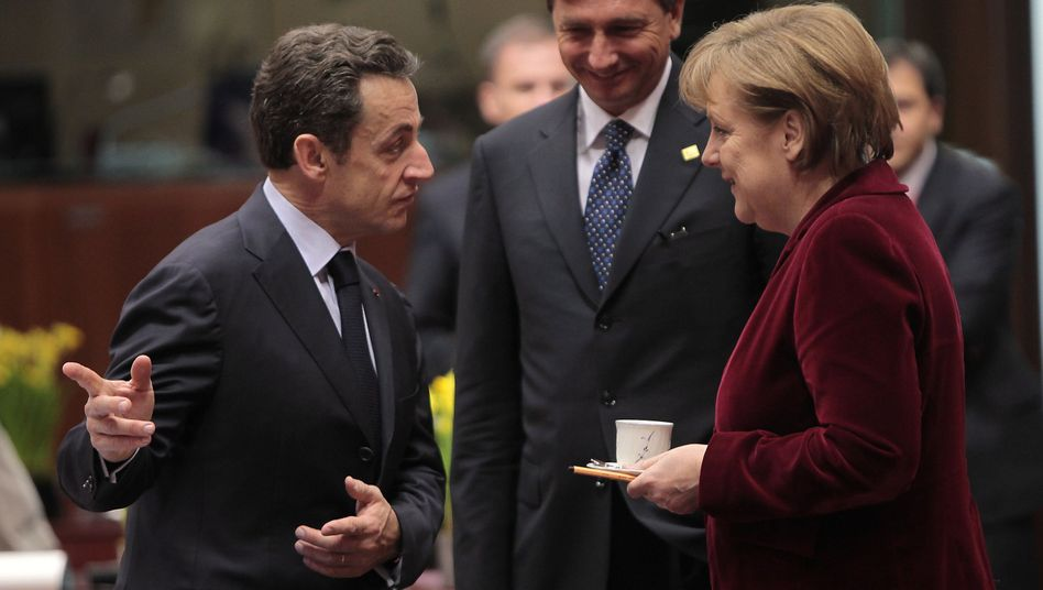 "Frankreichs Präsident Sarkozy (links), Kanzlerin Merkel: Prädikat ""historisch"""