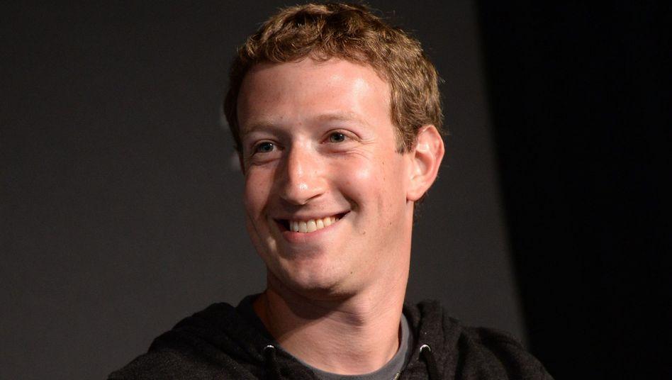 Facebook-Gründer Zuckerberg: Ein paar Datenschutzbröckchen