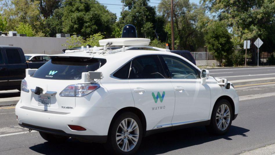 Selbstfahrendes Auto der Google-Schwesterfirma Waymo
